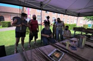 """Gasthuismuseum organiseert zomerse workshops: """"Moest iemand zich bezeren tijdens het mandenvlechten, dan is het oude gasthuis open"""""""
