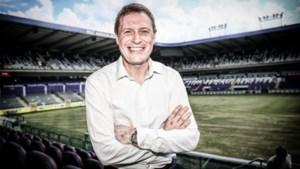 """Karel Van Eetvelt legt uit waarom Anderlecht in augustus zonder publiek zal spelen: """"Uit 20.000 man 200 fans kiezen is onmogelijk"""""""