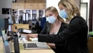 """Ook meer en meer bedrijven verplichten mondmaskers: """"Alles om tweede lockdown te vermijden"""""""