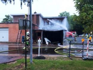 Hevige brand veroorzaakt zware schade in café 't Sas