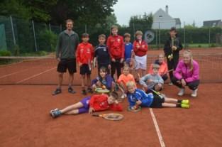 Tennissertjes genieten van weekje stage