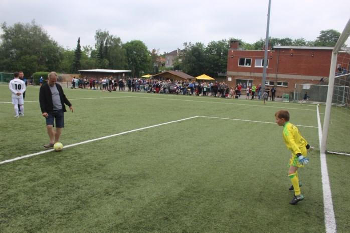Rhodienne-De Hoek schort voetbaltraining op nadat speler besmet blijkt