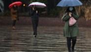 Negen kinderen gered uit overstroomde bus in Australië