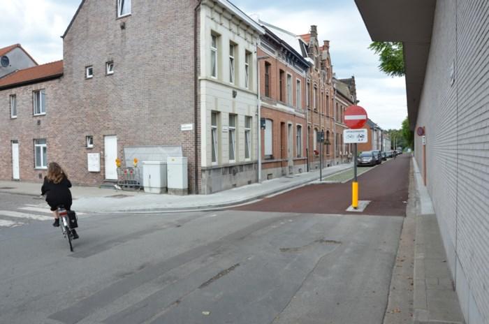 """Vernieuwde Uebergdreef is nu ook beetje fietssnelweg: """"We willen de fiets meer plaats geven in de stad"""""""