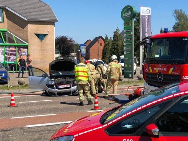 Zwaar verkeersongeval in Heusden-Zolder: brandweer bevrijdt slachtoffer