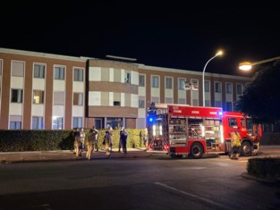 """Bewoners geëvacueerd na nachtelijke brand in serviceflat: """"Personeel heeft heel correct gehandeld"""""""