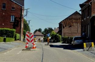 Slalom Hernerweg wordt na wegenwerken verhoogd verkeersplateau