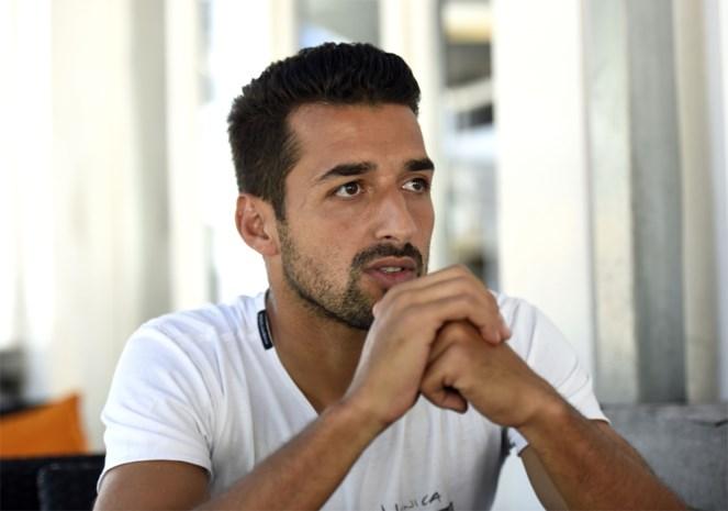 """Mo Messoudi wikt en weegt de kansen van zijn ex-clubs: """"Als Beerschot tegen OHL kan scoren, promoveert het"""""""