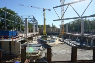 Werken aan nieuw beurs- en congresgebouw schieten goed op, kleine vertraging door coronacrisis