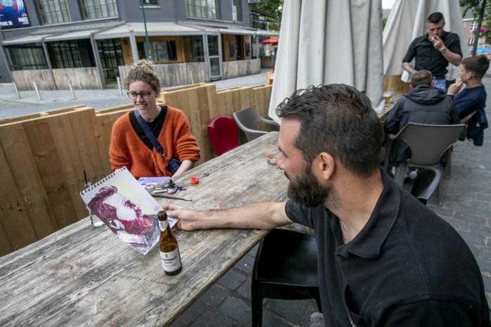 """Wim (39) uit Heist-op-den-Berg laat zich vereeuwigen in woord en beeld: """"Humor is mijn grootste kracht"""""""