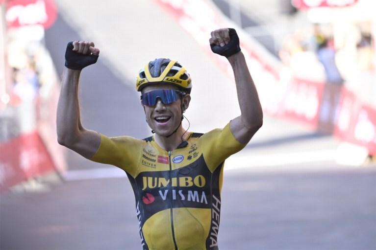 Wout van Aert geniet na van droomzege in Strade Bianche, Mathieu van der Poel likt wonden na materiaalpech