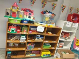 Opgedoekte kleuterschool houdt uitverkoop