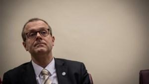 """Vlaamse WHO-topman waarschuwt dat we zelfde fouten blijven maken: """"De mensen zijn nog aan het sterven en politici besparen alweer op gezondheidszorg"""""""