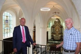 """Restauratie van kerkje Ossel is na dertien jaar klaar: """"Hier hebben de komende generaties geniet van"""""""