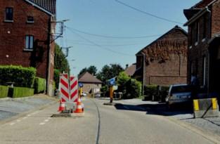 Slalom Hernerweg wordt verhoogd verkeersplateau na wegenwerken