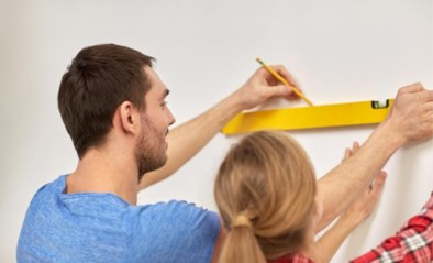 Eindelijk meer tijd om te klussen in huis: maar welk materiaal heb je nodig en hoe voorkom je geklungel?