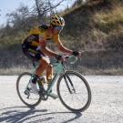 Wout van Aert reed bergop weg van het podium van de voorbije Luik-Bastenaken-Luik.