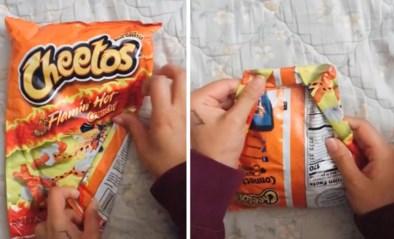Zak chips niet helemaal leeggegeten? Met deze truc blijft alles gegarandeerd krokant