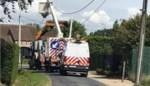 Straat urenlang afgesloten nadat wagen tegen elektriciteitspaal was gereden