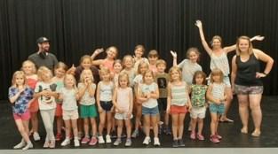Gympie laat kinderen dansen