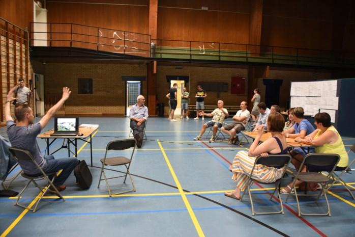 """Leeuw stelt bouw nieuwe sporthal uit: """"We willen de kans op subsidies optimaal benutten"""""""