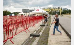 Antwerpen bouwt testdorp dat deze week nog actief moet zijn, en dat lijkt niet toevallig op de aankomstzone van de Antwerp 10 Miles