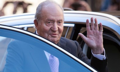 Van corruptie verdachte oud-koning Juan Carlos verlaat Spanje