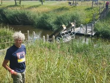 Voetveer vaart opnieuw over Leopoldkanaal
