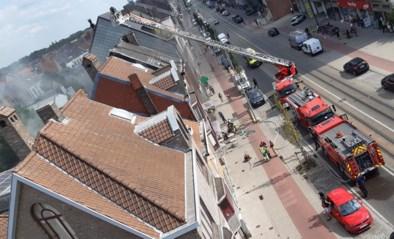 Brand bij falafelrestaurant op Brusselsesteenweg: drie mensen afgevoerd