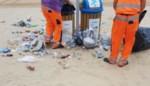 """Ergernis in Knokke-Heist door zwerfvuil: """"Graag meer respect voor onze strandreinigers"""""""