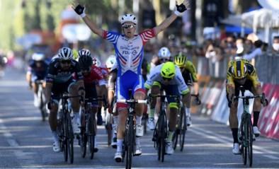 Arnaud Démare sprint naar de zege in Milaan-Turijn, Wout van Aert derde