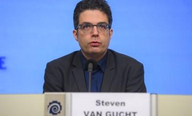"""Nu aantal nieuwe besmettingen blijft toenemen, waarschuwt Steven Van Gucht voor komende hittegolf: """"Gebruik ventilatoren enkel in eigen huis"""""""