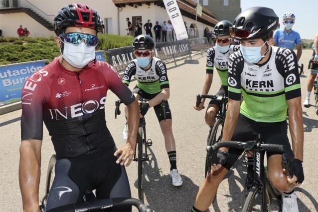 """Hij verloor bijna 2 minuten in Burgos, maar Richard Carapaz is niet bang van Remco Evenepoel: """"De Giro zet iedereen op z'n plek"""""""