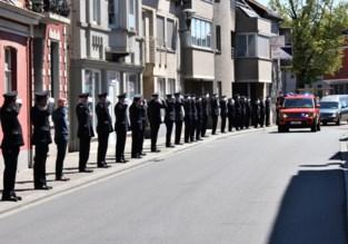 Brandweer en motards vormen erehaag voor overleden collega