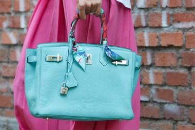 De oplossing voor wie geen budget heeft voor een designerhandtas: koop er een stukje van
