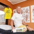 Verzorger Wilfried Vyncke (66) fietst minstens eenmaal per week naar het graf van zijn 'poulain' Bjorg Lambrecht.