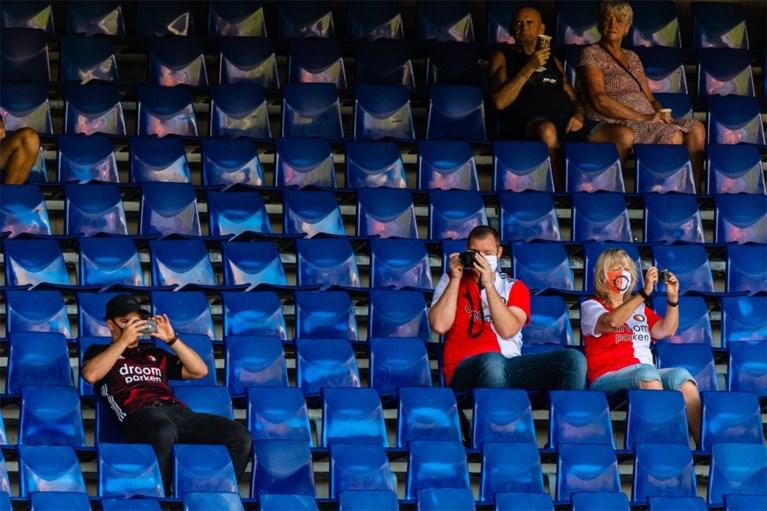 Intussen in Nederland: Feyenoord traint voor ruim duizend fans in De Kuip