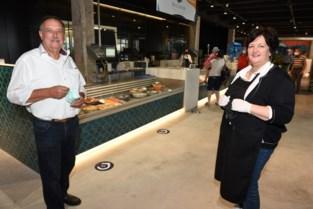 """Fish- en foodmarkt De Cierk in oude vismijn is open: """"Producten kan je meenemen of hier ter plaatse consumeren"""""""