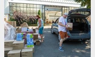 Bloemist wordt 'coronadrive-in': strategische stock verdeeld onder thuisverplegers