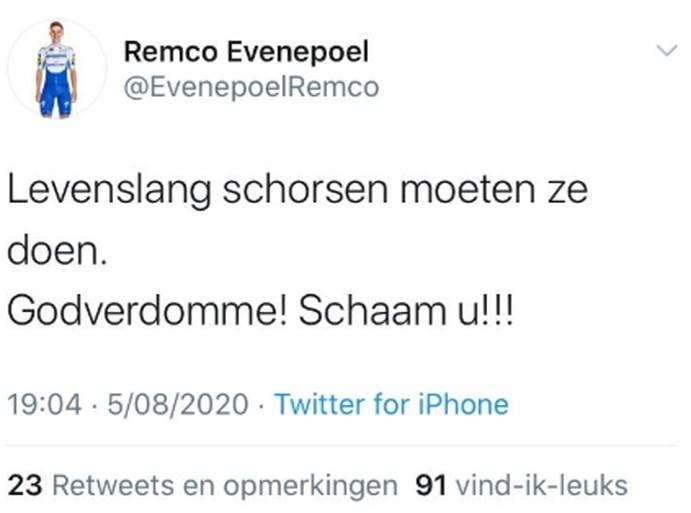 """Patrick Lefevere en Remco Evenepoel verbolgen na val van Jakobsen: """"Levenslang schorsen moeten ze doen!"""""""