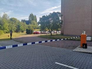 Aalst voor tweede keer deze week opgeschrikt door gewelddaad: man steekt ex-vrouw neer met aardappelmesje op parking van woon-zorgcentrum waar ze werkt