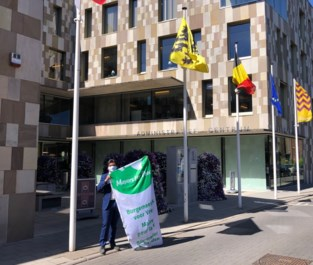 Willebroek hijst Mayors for Peace-vlag