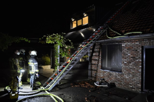 Rolstoelgebruiker omgekomen bij nachtelijke woningbrand, buur kon man niet meer bevrijden