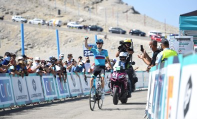 Aleksandr Vlasov zet Mont Ventoux Dénivelé Challenge naar zijn hand
