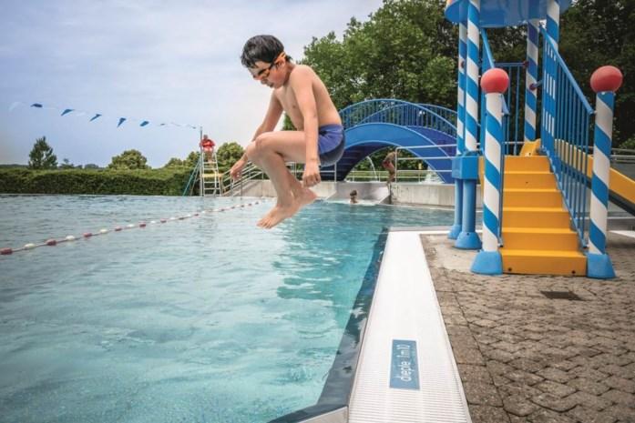 Openluchtzwembad Huizingen al tot midden volgende week volgeboekt