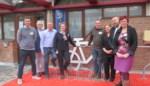Overdekte fietsenstallingen en oplaadpunten stimuleren gebruik van tweewieler