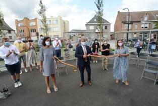 Nieuw Rooiveldplein feestelijk geopend