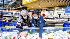 """Zo verloopt de eerste ochtend verplicht winkelen met een mondmasker: """"Rekenen op burgerzin van de klant"""""""