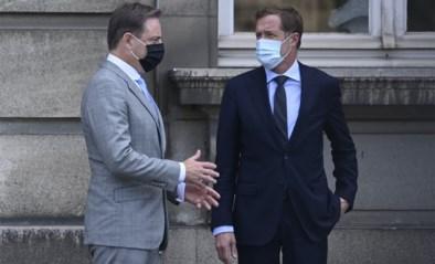 Bubbel van zes of zeven? De Wever en Magnette krijgen één week extra, maar twijfelen nog over keuze