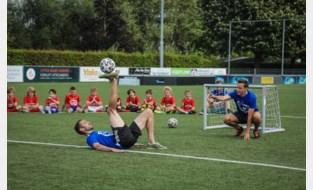Topfreestylers organiseren bootcamp freestyle- en pannavoetbal voor jongeren op terreinen SK Deinze